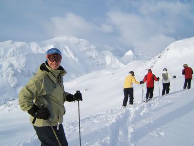 Snowcat Skiing on Lodge Ridge at Chatter Creek