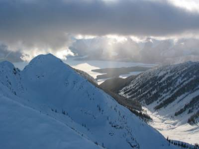 Helicopter Flight to Cat Skiing at Chatter Creek