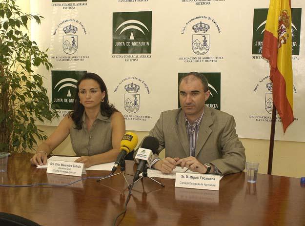 Estepona prensa ayudas a los agricultores por las heladas for Oficina comarcal agraria