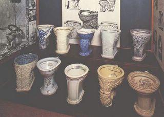 La columna de diana arteaga los ba os ese fabuloso invento for Inodoros antiguos