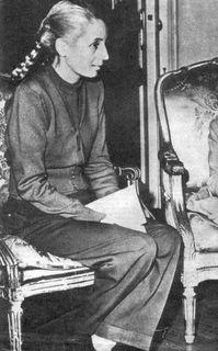 150 imágenes de Evita