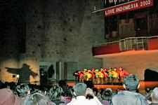 tari aceh Lovin 2003