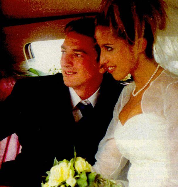 Ludovic Chancel à son mariage avec Rosa en juin 2000. Son livre \u0026quot;Fils de\u0026quot; sortira le 17 mai 2005 aux éditions Flammarion.