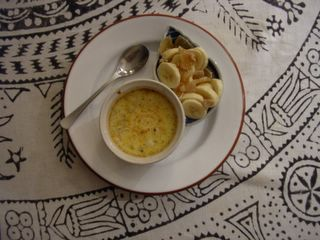 egg custard with ginger and banana