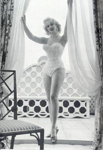 Sabrina.corset