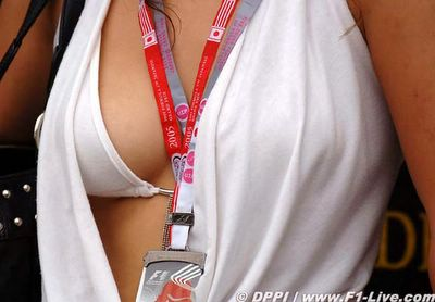 half a boob [www.f1-live.com]