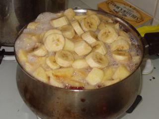 Fruit Happily Stewing