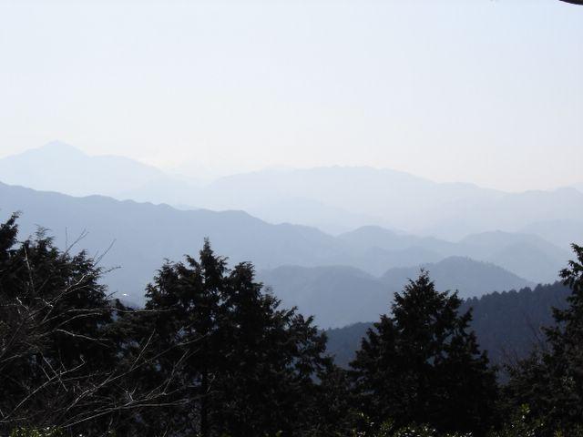 http://photos1.blogger.com/img/262/1756/640/DSC00017.jpg