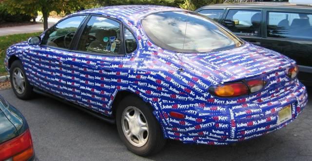 Those are John Kerry bumper stickers gang.Link through LegalXXX & 4 sale: One Ford Taurus - BitsBlog markmcfarlin.com