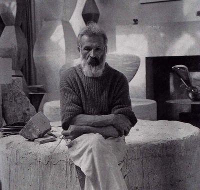 Constantin_Brancusi_(1876-1957)