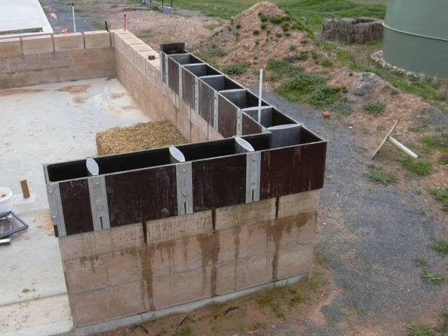 Building our home building the walls for Block home builders in florida