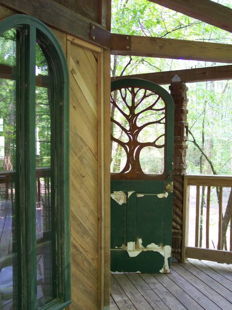 Treehouse door & Quotidian Curiosities: Treehouse door