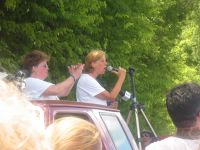 Cindy Sheehan speaks to crowd