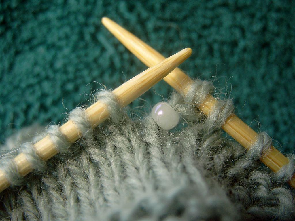 Бусины при вязании спицами