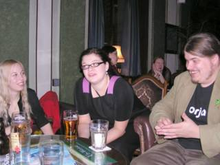 Inka, Kanerva and Paavo in the pub Old Bank