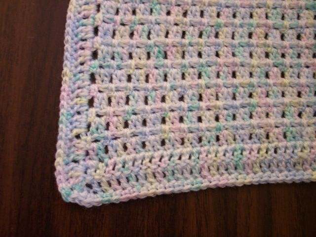 Easy Crochet Patterns For Baby Blankets : Lisa Lately: Pattern: Easy Baby Blanket