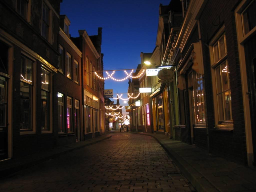 Westerstraat Enkhuizen at night