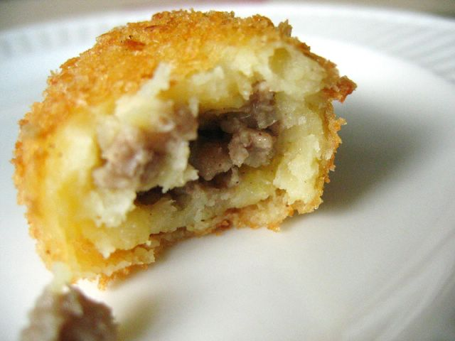Cross-section Croquette