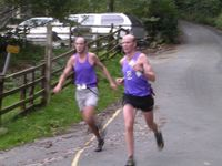 Phil and Jim Davies winning Leg 1