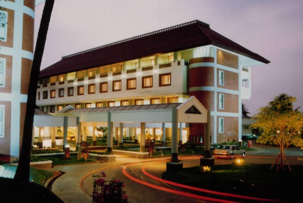 hotel bumi wiyata rh hotelbumiwiyata blogspot com