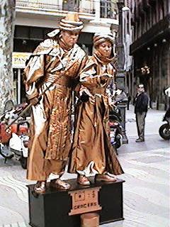 foto de estatuas vivientes en las ramblas de barcelona de Carlos Neri