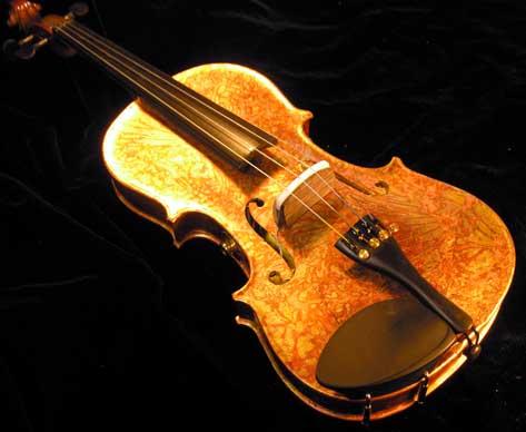 Rou-Astrid Miroir y el violín de oro Forum%20gold%20leaf%20fiddle