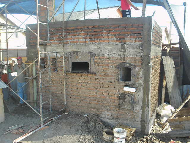 Imágenes de las distintas Etapas de la Construcción del Horno ...
