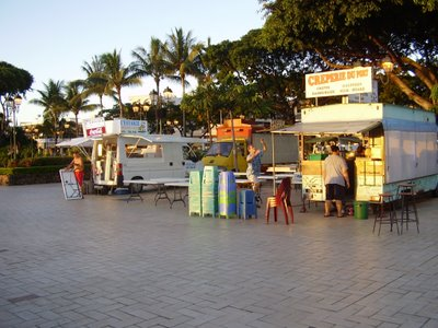 Setting up the evening food vans in Papeete