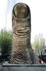 Unknown Artist - Giant Thumb Up, Paris