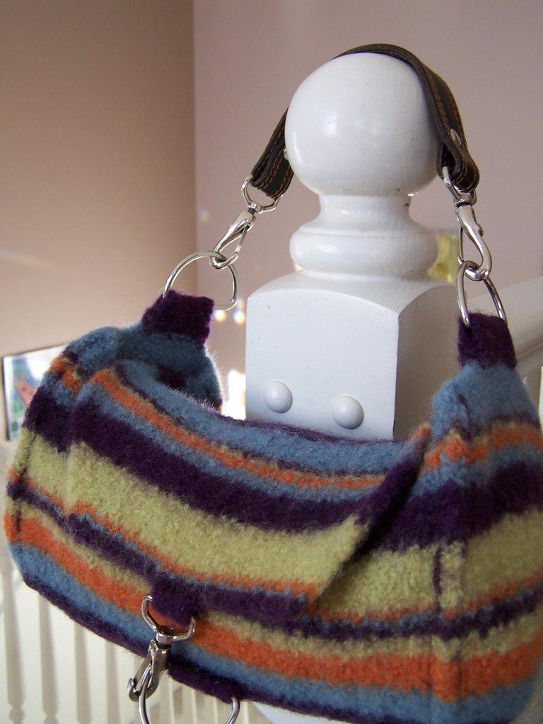 See Jayne Knit: Free Pattern: Jayne\'s AP Bag