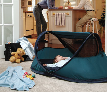 I first saw KidCou0027s PeaPod on a recommended products list in one of those help-bankrupt-mommy magazines ubiquitous to obstetricianu0027s offices. & Baby Toolkit: Rest In Peas: The Peapod Travel Bed