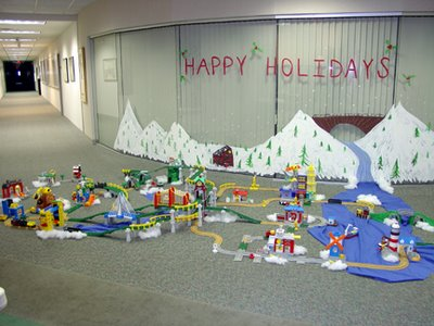 Holiday party GeoTrax track layout- by: Craig