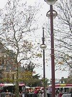 Marché sur la Place Voltaire, chaque samedi matin