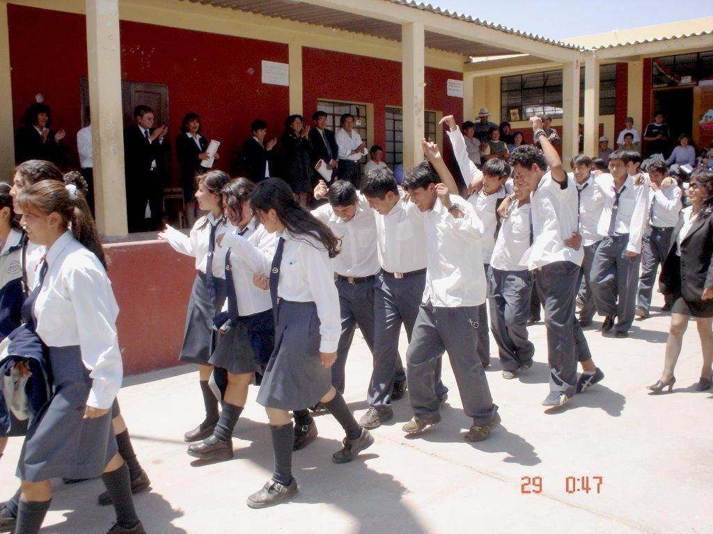 Resultado de imagen para colegio 2006