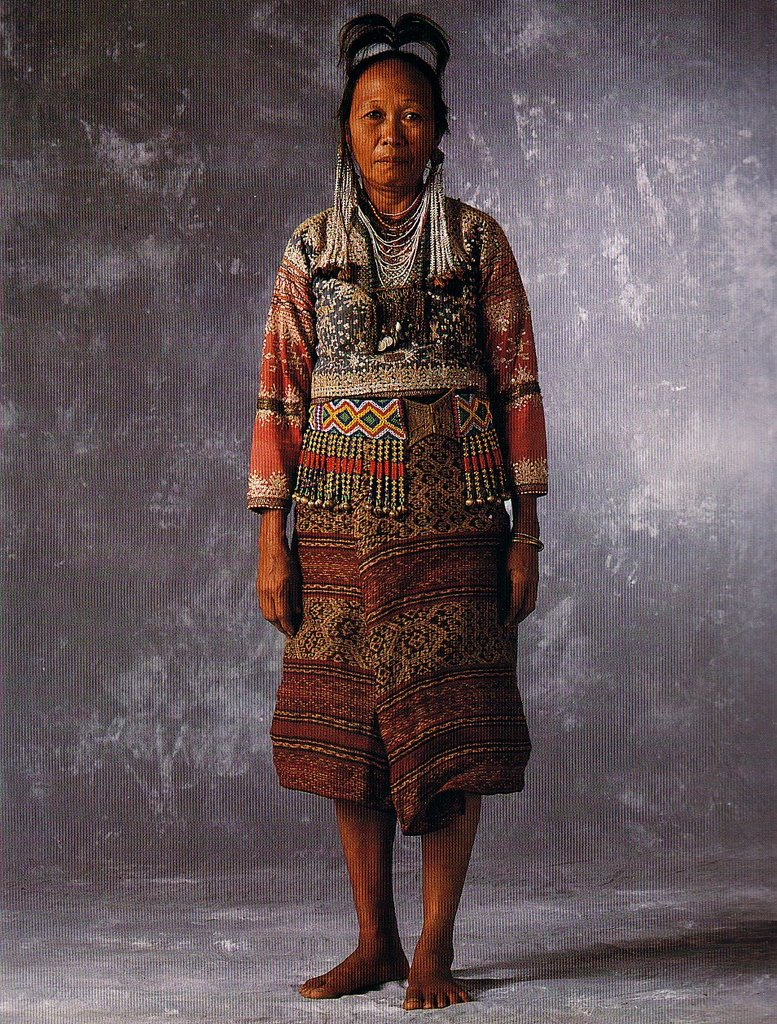 the history of b laan The bilaan or b`laan are a tribal community of southern mindanao, the name of this indigenous group comes from the words bla and an, meaning opponent people.