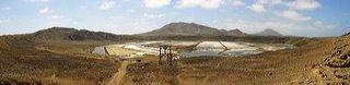 photographe, photo paysage, panoramique du volcan abritant la mine de sel sur l'île de Sal au Cap Vert