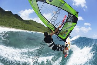 Photographe windsurf, photo de windsurf à Saint Martin aux Antilles avec Jean Seb Lavocat