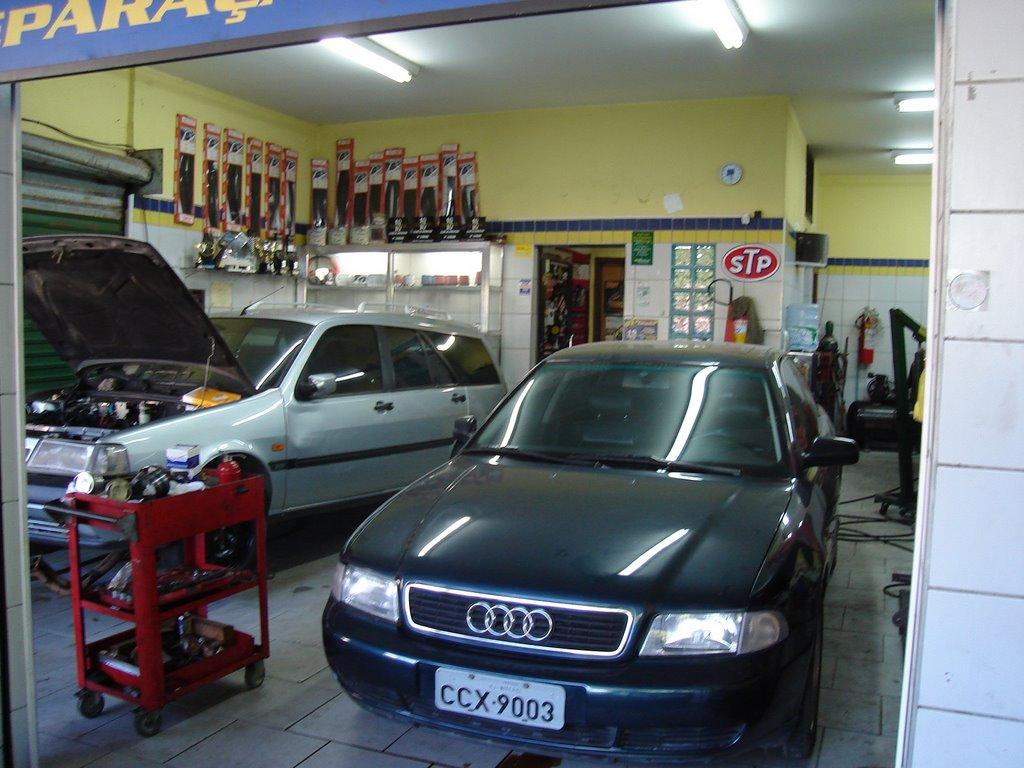 Top racing garage for Oficinas race