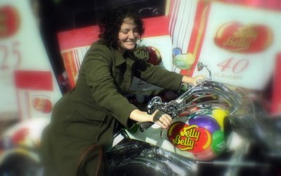 hot chick amanda berne on a jelly belly bike