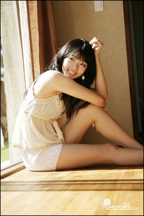 http://photos1.blogger.com/x/blogger/3803/742/1600/163990/Bae%20Seul%20Gi12.jpg