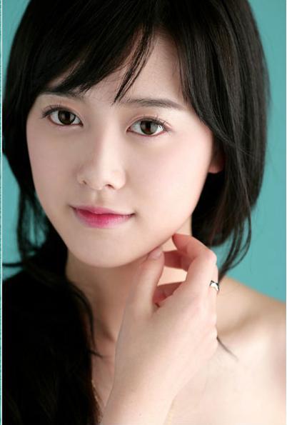 http://photos1.blogger.com/x/blogger/3803/742/1600/238066/goo%20hye%20sun1.jpg