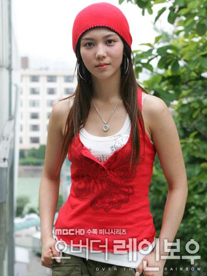 http://photos1.blogger.com/x/blogger/3803/742/1600/705478/kim%20ok%20bin2.jpg