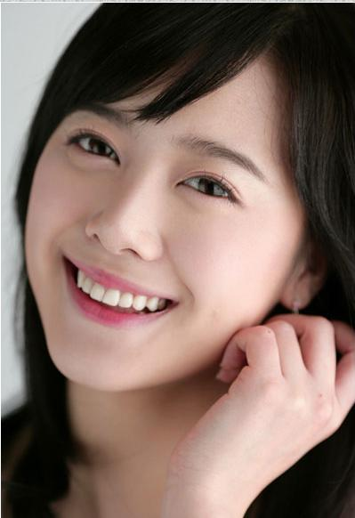 http://photos1.blogger.com/x/blogger/3803/742/1600/763387/goo%20hye%20sun2.jpg