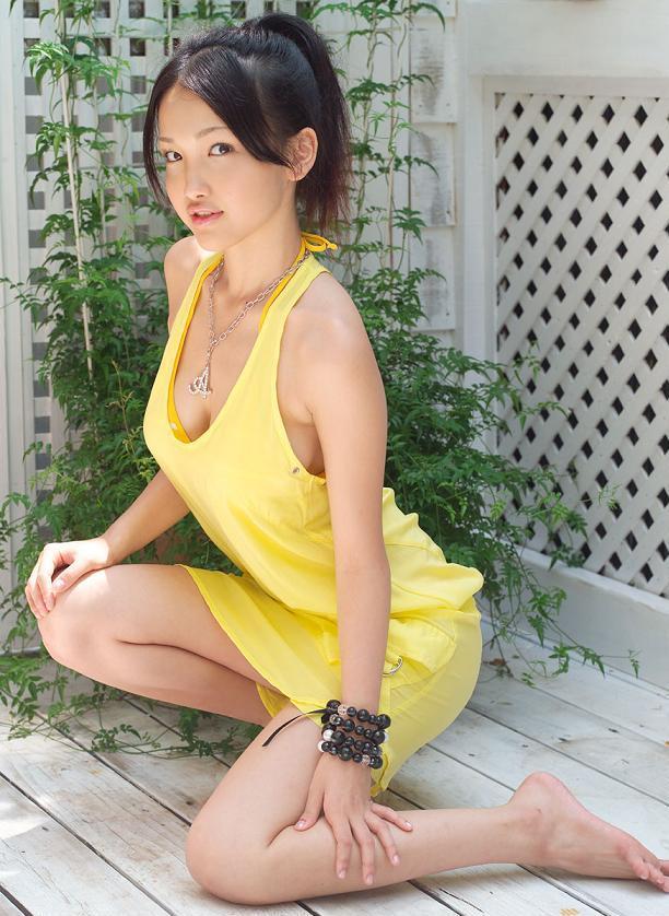 http://photos1.blogger.com/x/blogger/3803/742/1600/791263/Reon%20Kadena12.jpg