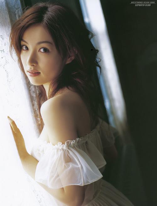 http://photos1.blogger.com/x/blogger/3803/742/1600/821957/Seto%20Hayahi3.jpg