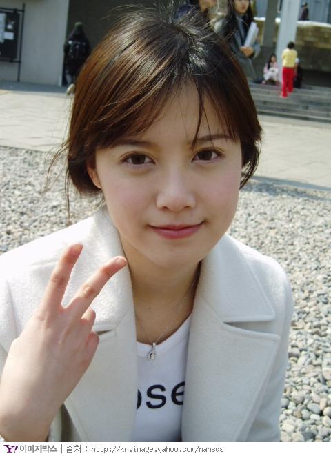 http://photos1.blogger.com/x/blogger/3803/742/1600/974534/Goo%20Hye%20Sun.jpg