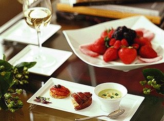 Grand Sukhumvit Hotel Food, Restaurants and Bars