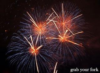 sydney nye fireworks 9pm four burst