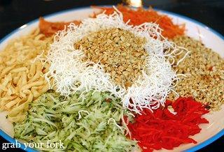 yee sang salad