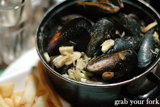 laksa mussels